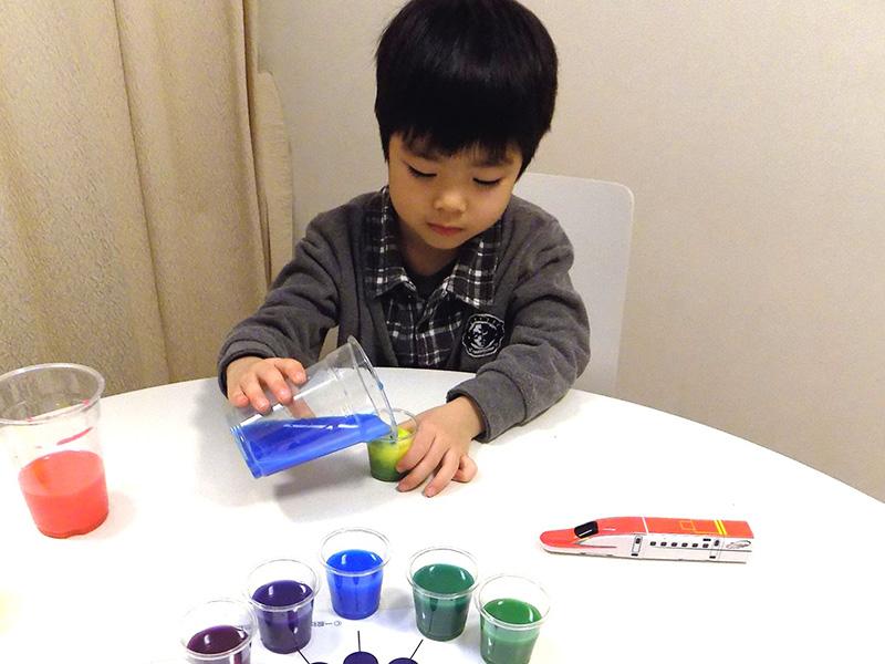 色水実験&色作り体験02
